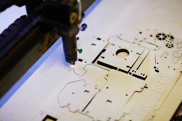 Corte laser de madera
